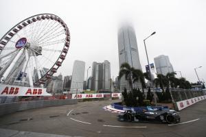 Vandoorne takes maiden Formula E pole in Hong Kong
