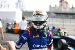 Shwartzman nears F3 title after scoring Sochi pole