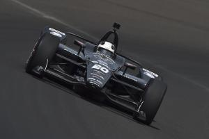 Carpenter charges to Indianapolis 500 pole