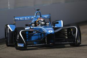 Buemi on pole for New York Formula E opener