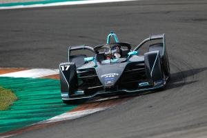 Mercedes curious to see if FE is 'racing' or 'more an event'