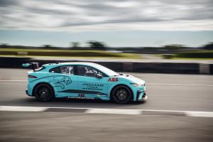 Jaguar confirms 11-car entry list for I-PACE eTROPHY opener