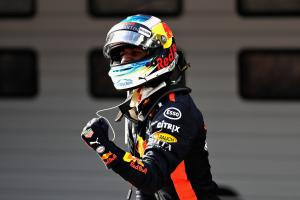 Ricciardo rockets to China F1 win after strategy gamble