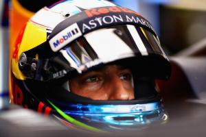 Ricciardo quickest in opening Hungary practice