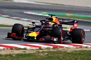 Red Bull on the 'back foot' after engine change - Verstappen