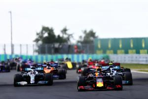 Horner: Mercedes needs 'gargantuan f*** up' to lose F1 title