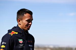 Albon yet to discuss Red Bull F1 future with Marko