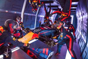VIDEO: Red Bull completes zero gravity pit stop