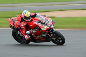 Brookes tops rain-hit Oulton Park test