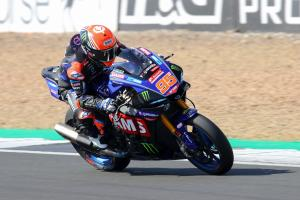 Wrist injury forces BSB title contender Mackenzie out of Thruxton