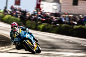 Johnston takes maiden Isle of Man TT win in rain-halted Supersport