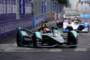 Evans scores Jagaur's maiden Formula E win in Rome thriller