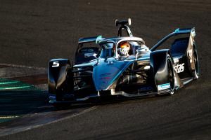 Mercedes happy with 'sound basis' after Formula E testing