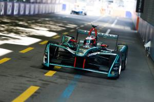 Evans claims maiden Formula E pole in Zurich, Vergne 17th