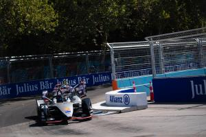 Race-ending Santiago crash 'similar' to FP1 accident - Buemi