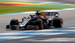 "Grosjean impressed by performance in ""old"" Haas F1 car"