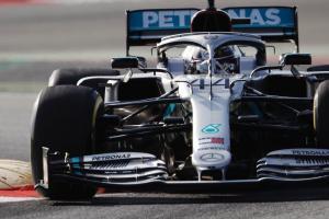 Hamilton and Mercedes fastest as F1 pre-season testing begins