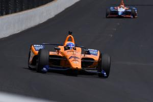 Fernando Alonso crashes in second Indy 500 practice