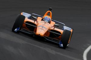 Difficult Indy return for Alonso at open test