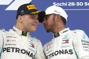 Hamilton: No plans to give up race win to Bottas