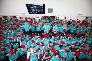 Mercedes celebrates fifth F1 title double with Lauda tribute