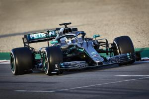 Mercedes changed 'almost every square millimetre' of W10