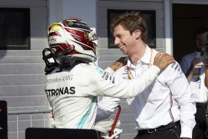 Mercedes explains strategy behind Hamilton's Hungary win