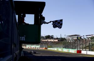 FIA investigating Japanese GP chequered flag error