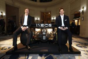 INEOS boss plays down 'risk' of long-term F1 deal with Mercedes
