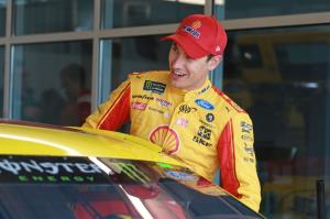 Logano pips Almirola for Martinsville Pole