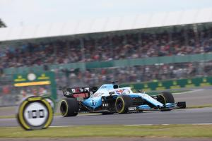 Russell: F1 couldn't live without Silverstone on calendar