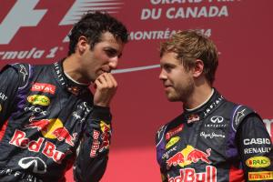 Ricciardo sees similarities to 2014 in Vettel's current struggles