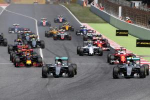 2016 Spanish GP collision makes Mercedes 'uncomfortable'