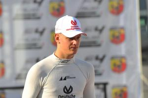 Schumacher teams up with Vettel at ROC