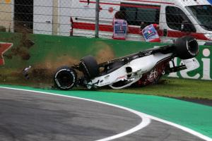 Ericsson unharmed after big impact, rolling car in FP2 crash