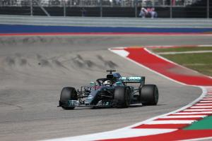 Mercedes committed Hamilton to two-stop in US GP