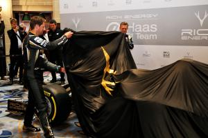 Haas against 'complete copy' of John Player Special Lotus F1 livery