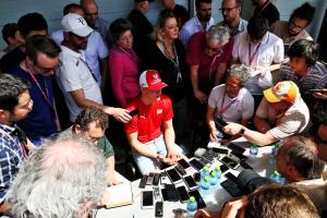 F1 Paddock Notebook – Bahrain Grand Prix Thursday