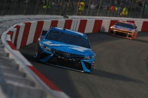 Truex holds off Logano for first short track win