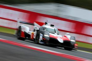 Alonso, Buemi inherit Fuji WEC pole for Toyota