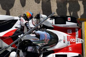 Lopez leads from Alonso three hours into Le Mans
