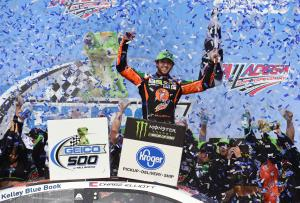Elliott soars to Talladega win