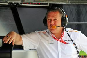 "Brown doesn't expect McLaren to replicate ""huge step"" in 2020"