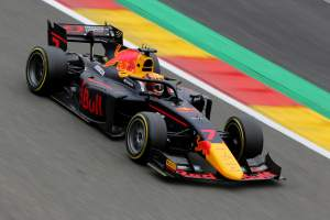 Tsunoda storms to second Formula 2 pole of 2020 in Belgium