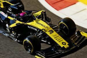 Ricciardo: 'Bit of tension' for Renault in Toro Rosso battle