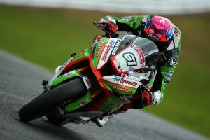 Currie beats Brookes in another damp practice at Brands Hatch