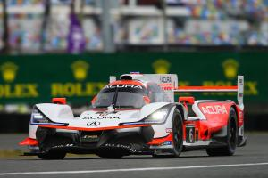 Acura retains Rolex 24 lead as Alonso begins first stint