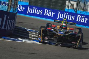 Vergne inherits pole after controversial Punta qualifying