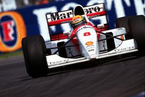 "Masterful Senna F1's ""most iconic"" driver - Hamilton"