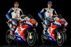 Miller, Bagnaia reveal Pramac Ducati 2019 colours